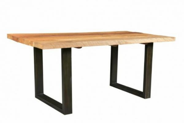 Massivholz Esstisch im Industrie-Look