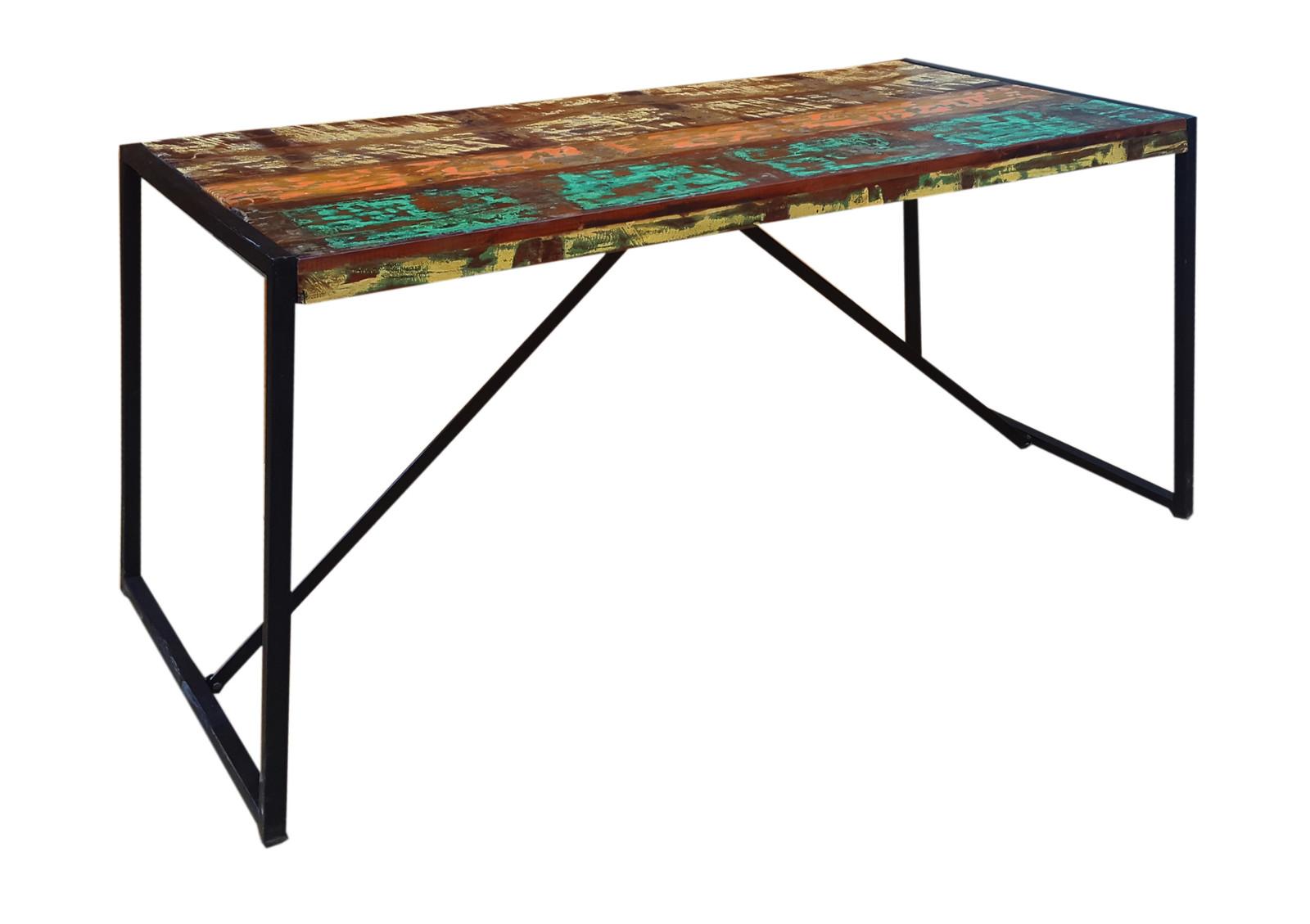 industrial esstisch mit shabby akzenten. Black Bedroom Furniture Sets. Home Design Ideas