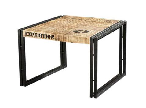 industrieller couchtisch industrial look aus massivholz. Black Bedroom Furniture Sets. Home Design Ideas