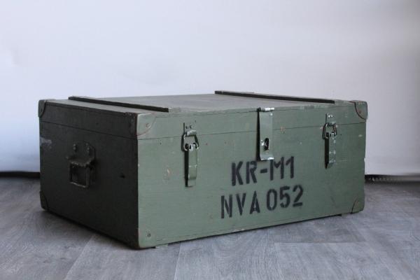 milit-r-kiste-original-antik-unikat-couchtisch-truhe-holz-4_600x600.jpg