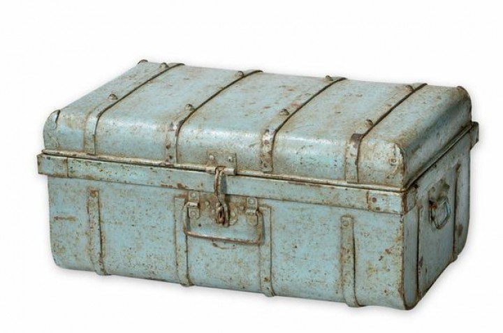 industrial chic truhe box aus eisen sonstiges. Black Bedroom Furniture Sets. Home Design Ideas