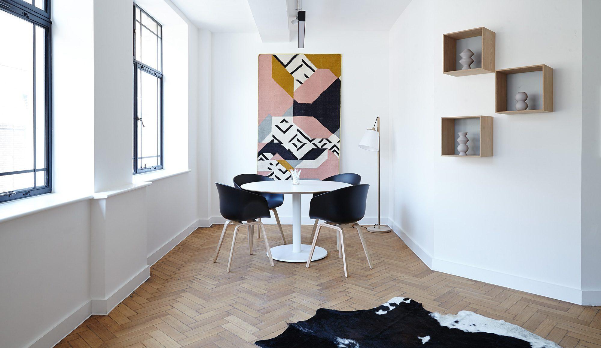 Skandinavische-Möbel