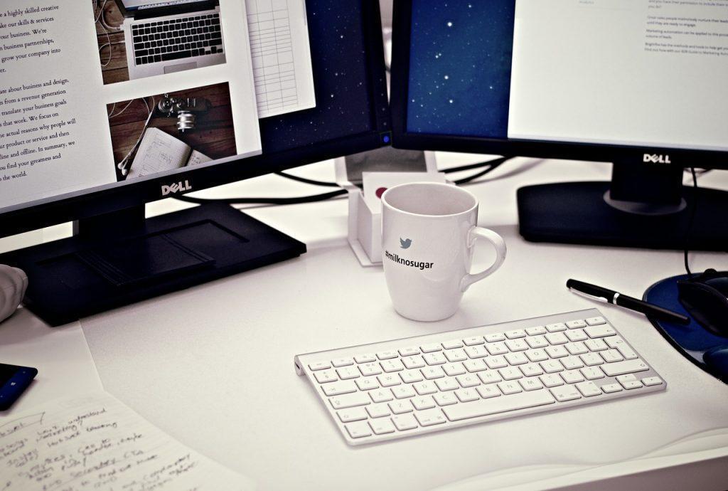 Höhenverstellbarer Schreibtisch kaufen