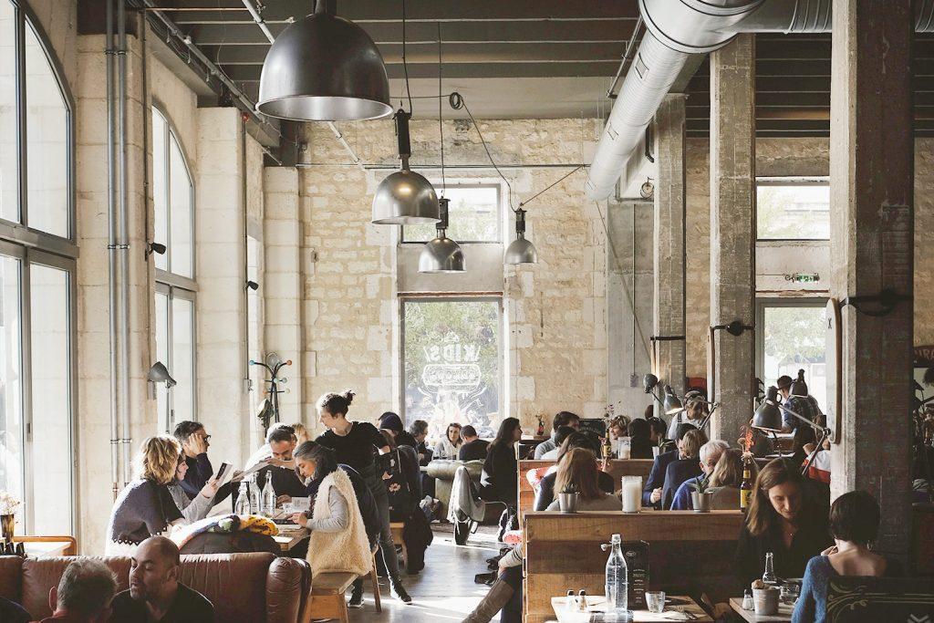 Industrial Style einrichten – 5 Ideen für Bars & Cafés – moebeldeal ...