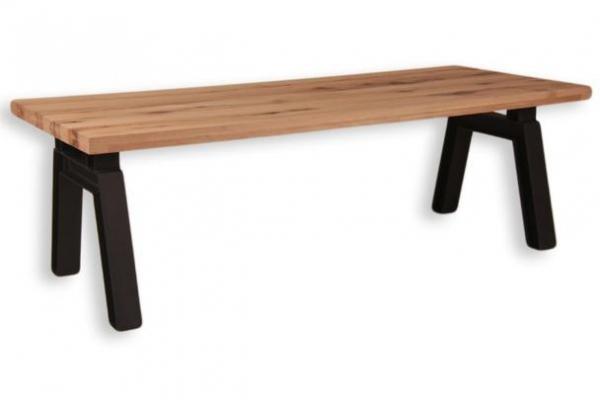 Esstisch im Industrie-Look mit Massivholzplatte von Woodfoort
