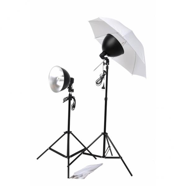 Studio Lampenset 45 Watt mit Schirmen und Stativen