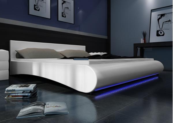 Kunstleder Bett Weiß 180 x 200 cm mit LED-Streifen