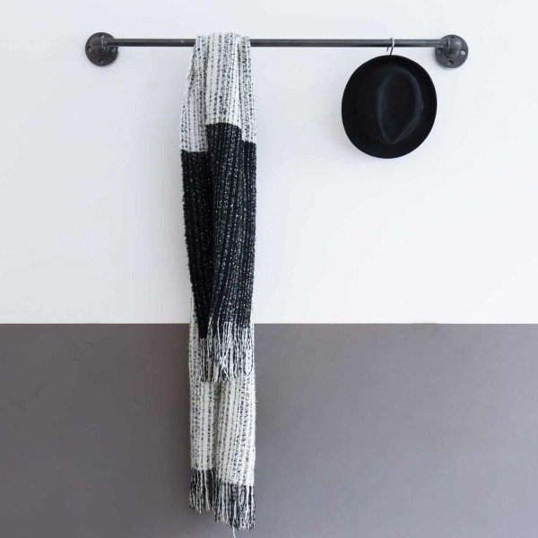 Industrial Design Kleiderstange Wasserrohre