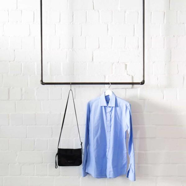 Deckenbefestigte Industrial Design Kleiderstange · Garderobe Wasserrohr
