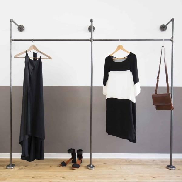 Industrial Design Garderobe · offenes Ankleidesystem - Wasserrohre